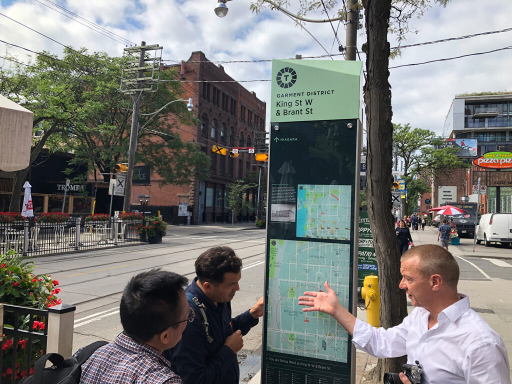 Toronto TO360 Wayfinding system
